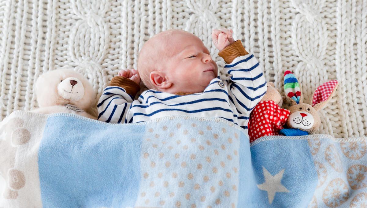 Babyshooting David, Newbornfotografie Schweinfurt, Indoor Babyfotos, Schweinfurt