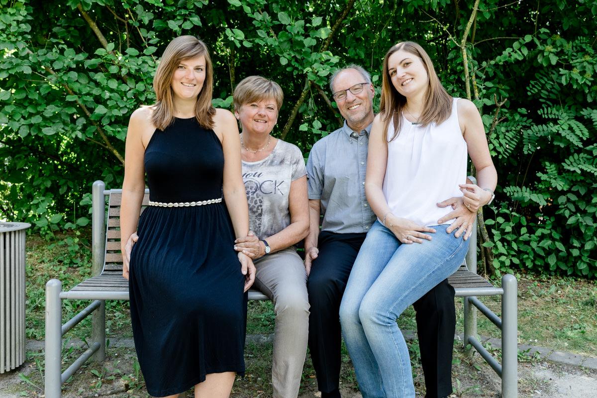 Familienshooting Schweinfurt, Familienbilder Wuerzburg, Familienfotografie Bayern, Daggi Binder, maizucker Familienfotos, 2017, People