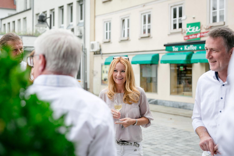 Geburtstagsshooting Rossino Schweinfurt, Eventfotos Schweinfurt, Hotel Ross, Partylocation Schweinfurt, Eventfotografie Schweinfurt, Eventfotos Bayern, Eventfotograf Würzburg, Ganz in Weiss