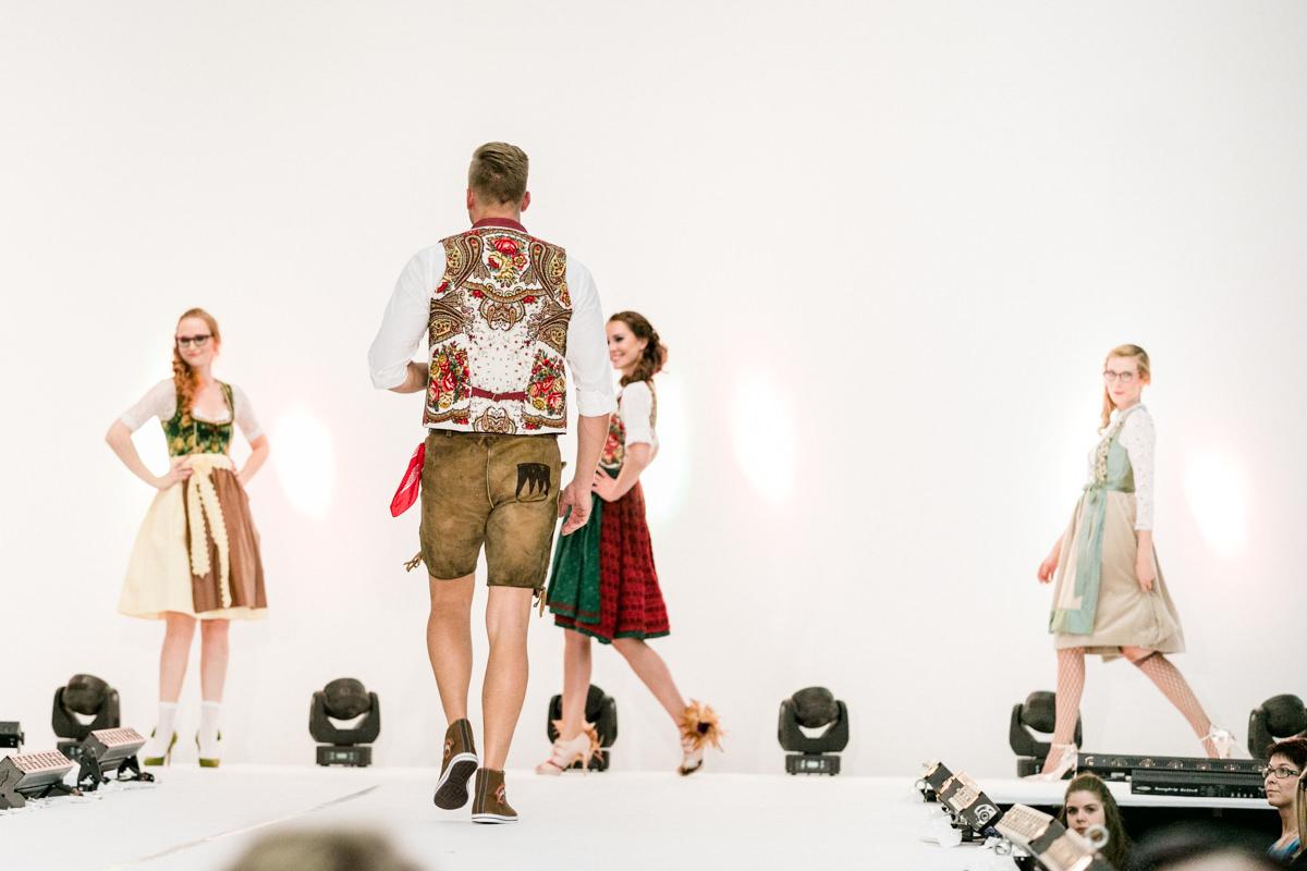 Fashionday Schweinfurt, Maindirndl, Modenshow, Mode, Fashion, Kunsthalle Schweinfurt, Eventfotos Schweinfurt, Eventfotos Würzburg