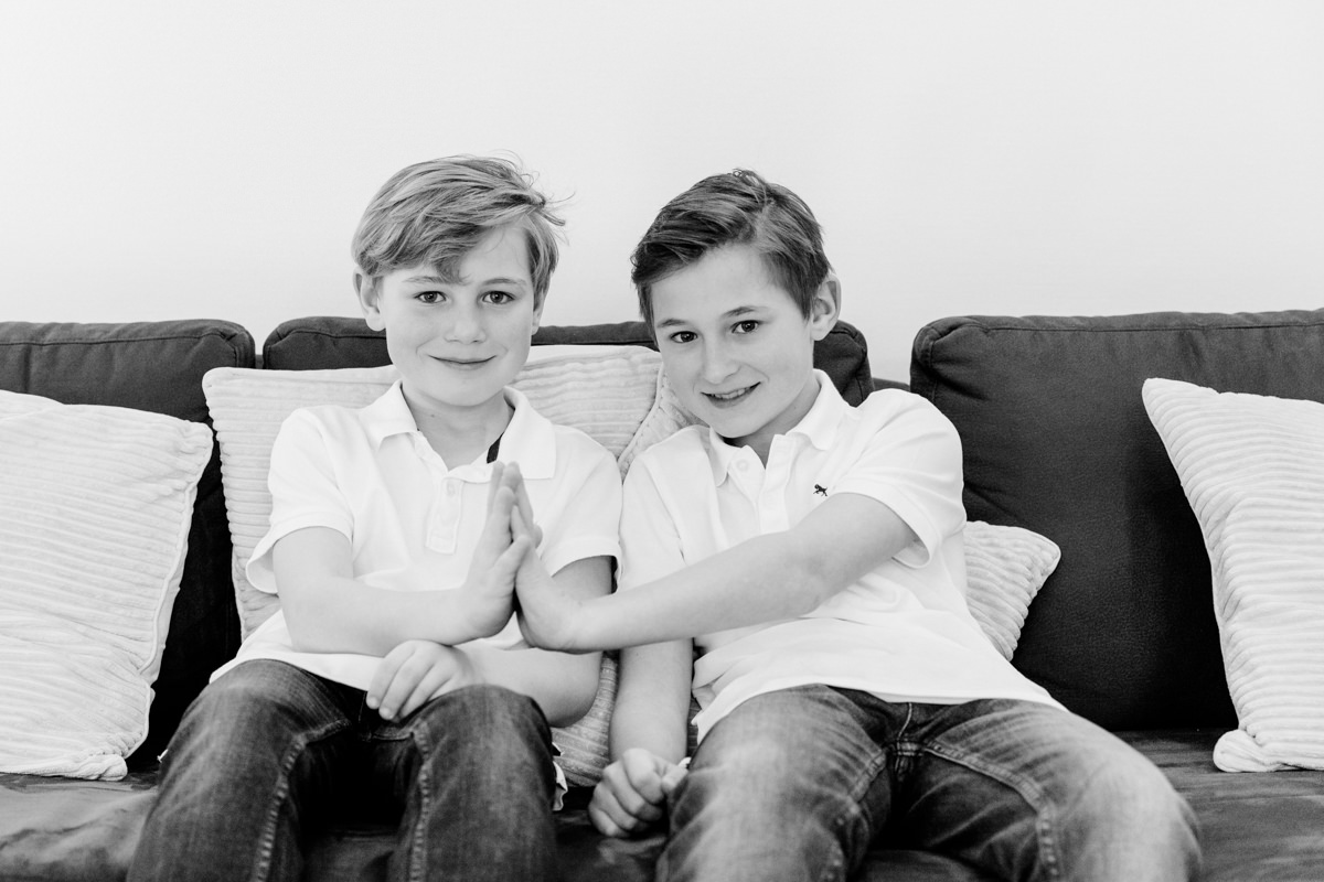 Sofa, Familienshooting, Familienfotograf, Family Shooting, Teenbilder, Homestory, Familienshooting Schweinfurt, Familienfotografie Schweinfurt, maizucker, Daggi Binder
