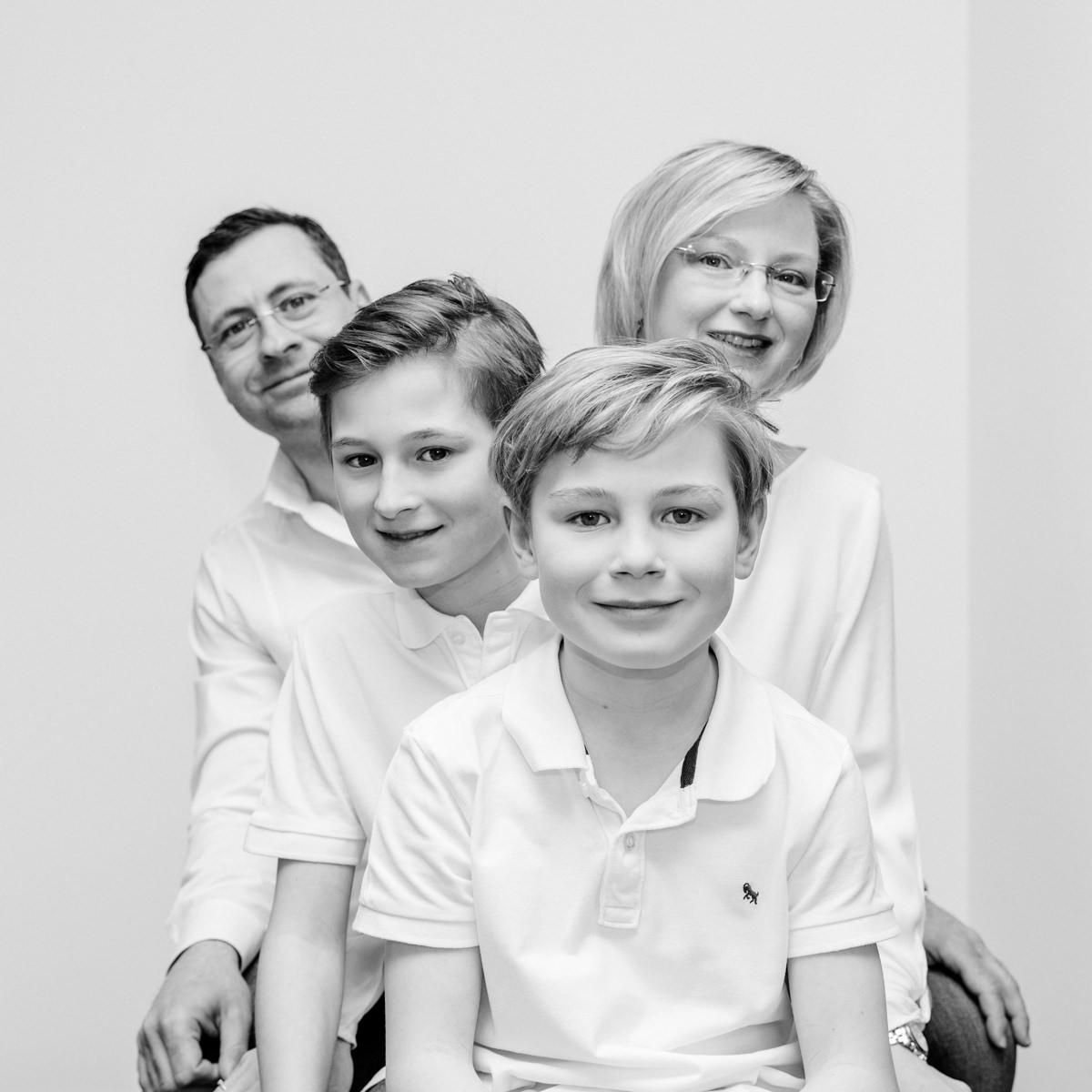 Familie im Glück, Familienshooting, Familienfotograf, Family Shooting, Teenbilder, Homestory, Familienshooting Schweinfurt, Familienfotografie Schweinfurt, maizucker, Daggi Binder