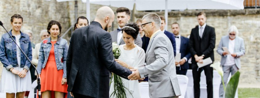 Freie Trauung, Hochzeit Schweinfurt, Vintage Hochzeitsfotos, Unterfranken Hochzeitsfotos, Vintagehochzeit, Sommerhochzeit, Daggi Binder