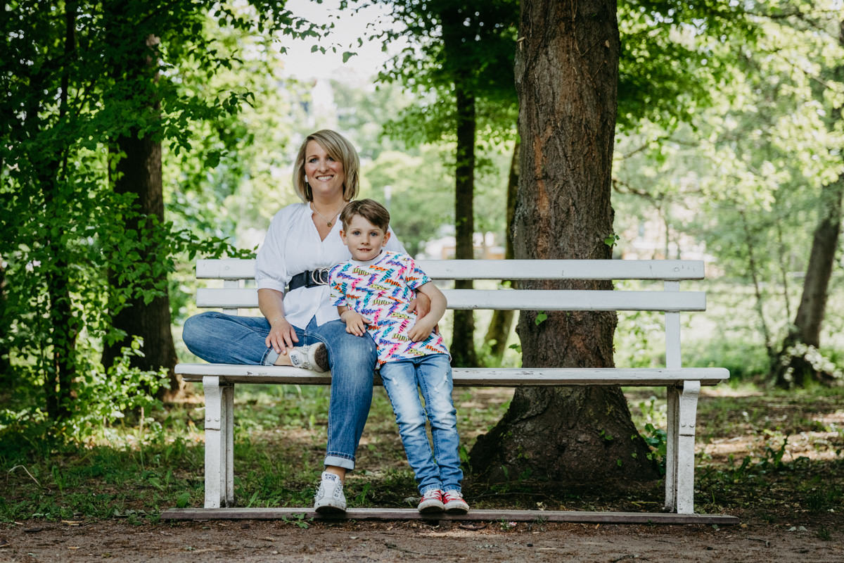 Familienshooting in Bad Kissingen, Familienfotos, Familienfotograf, Luidpoldpark, Sommershooting, maizucker, Daggi Binder